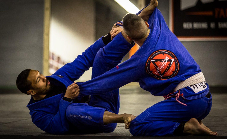 Yoda Fight School - École d'Arts Martiaux à Angers - JJB / GRAPPLING/ MMA